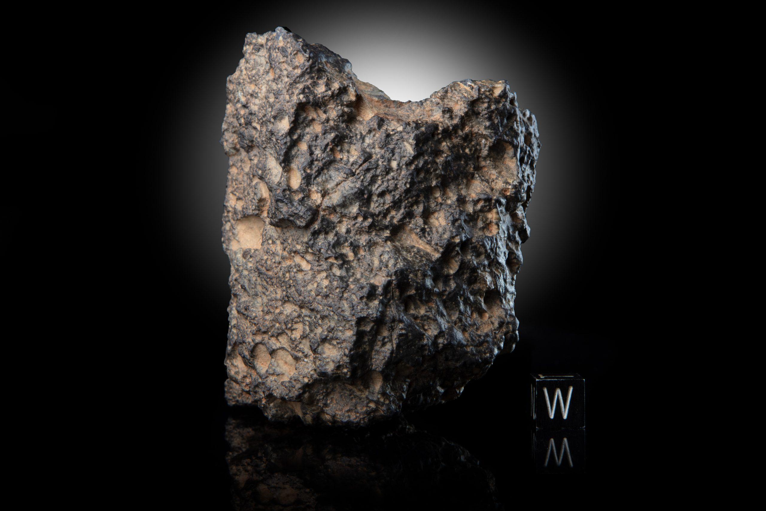 lunar meteorite 363 g